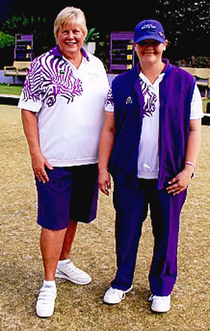 Wallacia Womens Bowling Club wearing DominoPurple as supplied by Bentley Bowls Burwood, New South Wales