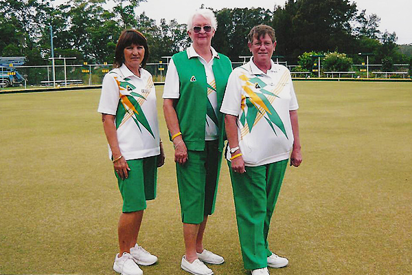 Sussex Inlet Women's Bowl Club wearing Domino Bowlswear Aussie Green
