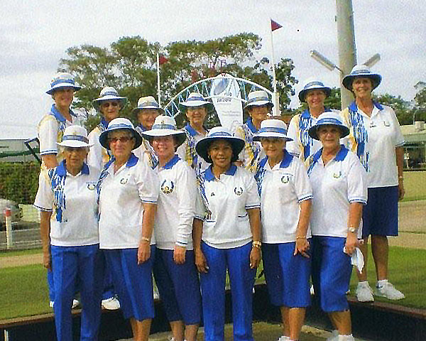 Tweed Heads Lawn Bowling Club in Club Colours supplied by domino Bowls Wear the leading coloured bowls manufacturer and supplier